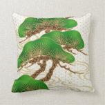 japonés de la almohada de los bonsais
