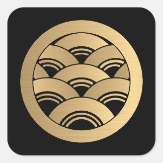 Japonés de oro Kamon de las ondas Pegatina Cuadrada