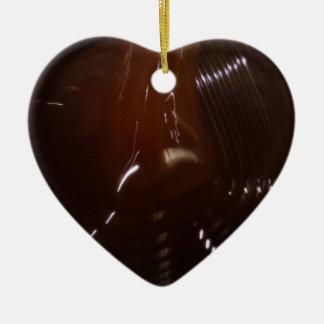 Jarabe del extracto de malta de la cebada adorno navideño de cerámica en forma de corazón