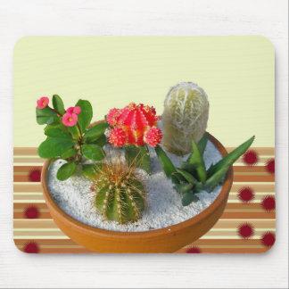 Jardín #1 Mousepad del plato del cactus