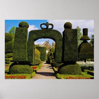 Jardín blanco del Topiary, Levens Pasillo, Cumbria Poster