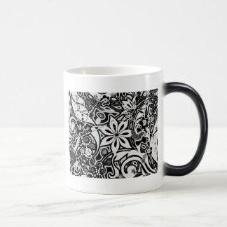Jardín: Blanco y negro Tazas De Café
