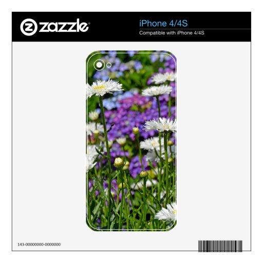 Jardín bonito de la margarita blanca calcomanías para el iPhone 4S