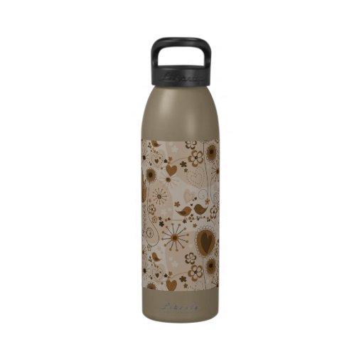 Jardín caprichoso en la botella de agua de Brown