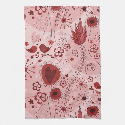 Jardín caprichoso en rojo toalla
