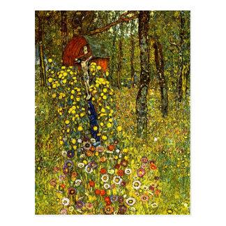 Jardín con crucifijo de Gustavo Klimt Postal