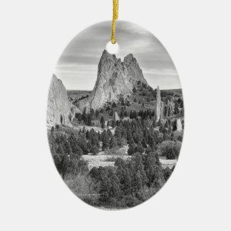 Jardín de Colorado de dioses en blanco y negro Ornatos