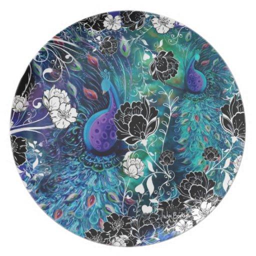 Jardín de flores de la pluma del pavo real platos de comidas