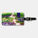Jardín de flores soleado CricketDiane de la celebr Etiquetas De Maletas