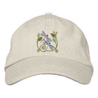 Jardín de la libélula gorra de béisbol bordada