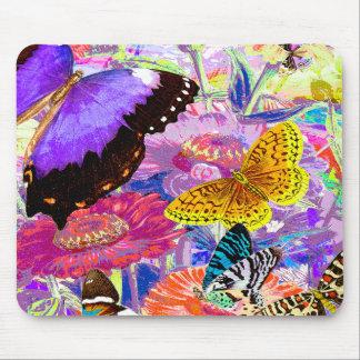 Jardín de la mariposa mousepad