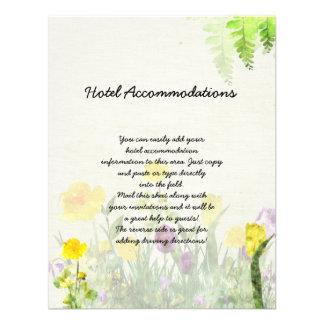 Jardín de la primavera que casa la hoja informativ invitación