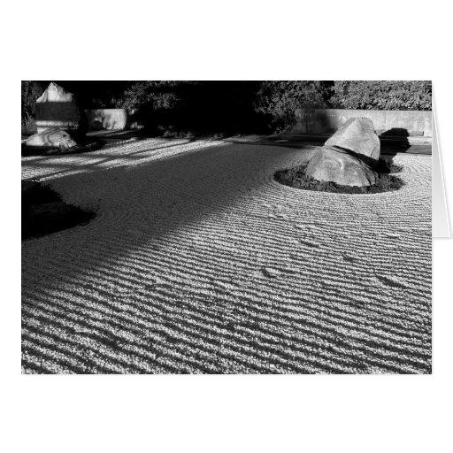 Jardín de piedras del zen tarjeta de felicitación