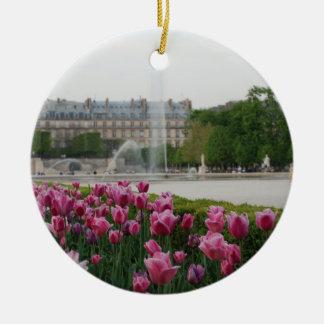Jardín de Tuileries en la floración Adorno Redondo De Cerámica