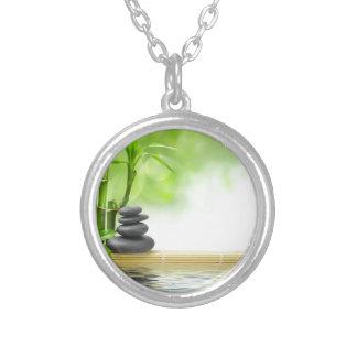 Jardín del agua de la tranquilidad del zen por amo colgante redondo