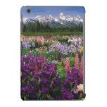 Jardín del iris y del Lupine y gama de Teton, Funda Para iPad Mini Retina