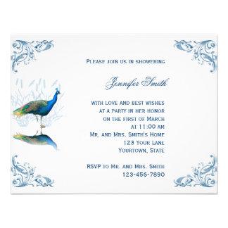 Jardín del pavo real en la invitación nupcial azul