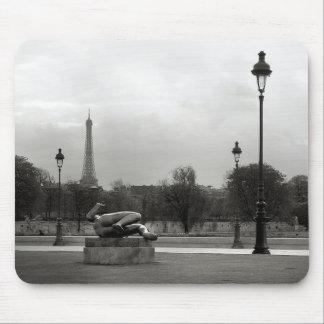 Jardin des Tuileries Mousepad