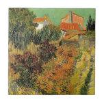 Jardín detrás de una casa.  Vincent van Gogh. Azulejo