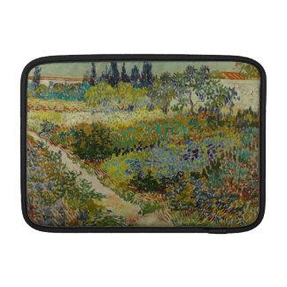 Jardín en Arles de Vincent van Gogh Funda Para Macbook Air