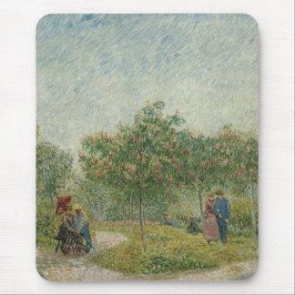 Jardín en Montmartre con los amantes Alfombrilla De Ratón