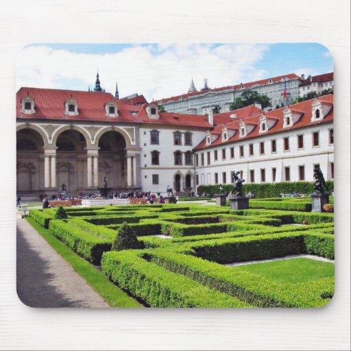 Jardín en Praga Alfombrilla De Ratones
