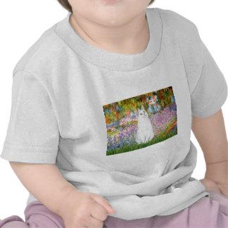Jardín - gato blanco camiseta