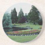 Jardín inglés rojo del país, flores de Inglaterra Posavasos Diseño