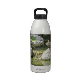 Jardín japonés 1 botella de agua