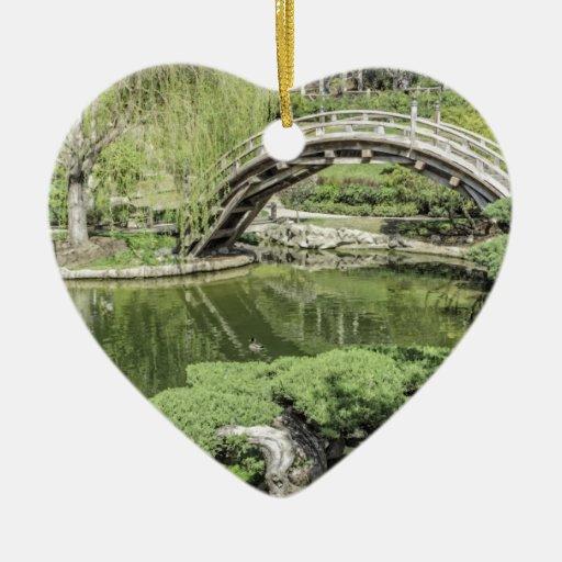 Jardín japonés 2 adorno de cerámica en forma de corazón