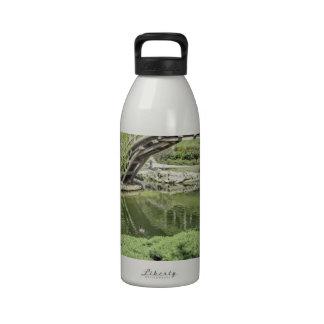 Jardín japonés 2 botella de agua reutilizable