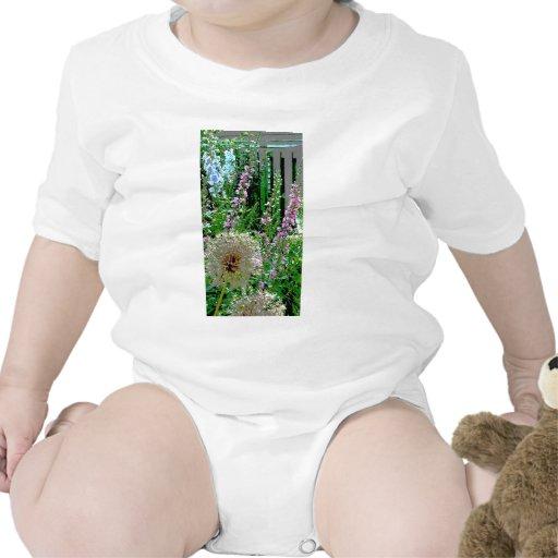 Jardín pintado 2 trajes de bebé