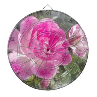 Jardín rosado subió tablero dardos