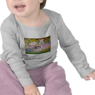 Jardín - Shih Tzu (p) Camisetas