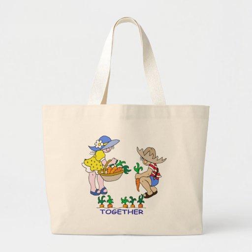 Jardinero del muchacho y del chica bolsa