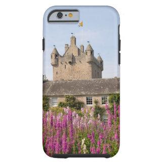 Jardines hermosos y castillo famoso en Escocia 2 Funda Para iPhone 6 Tough