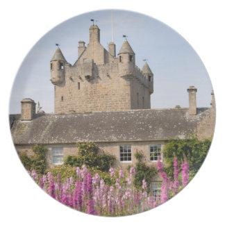 Jardines hermosos y castillo famoso en Escocia 2 Plato De Cena