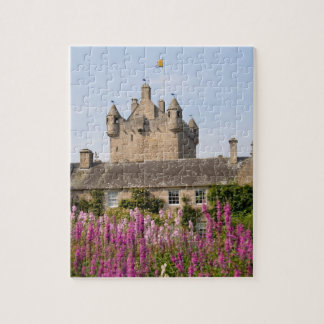 Jardines hermosos y castillo famoso en Escocia 2 Puzzles Con Fotos