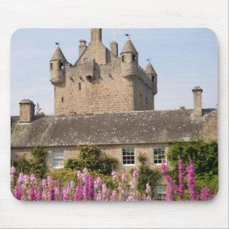 Jardines hermosos y castillo famoso en Escocia 2 Tapete De Raton