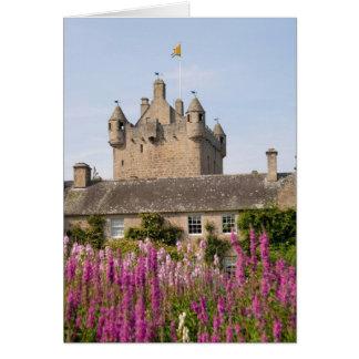 Jardines hermosos y castillo famoso en Escocia 2 Tarjeta De Felicitación