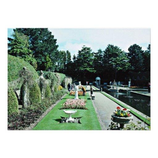Jardines italianos de los acres de Compton, Poole, Invitación