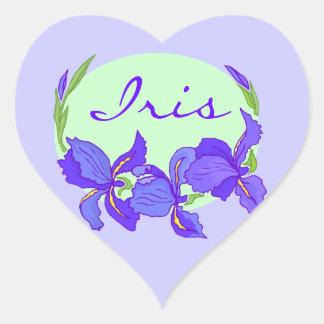 Jardines púrpuras del jardín de flores del iris pegatina en forma de corazón