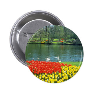 Jardines rojos de Keukenhof, flores de Holanda Pins