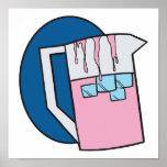 jarra rosada fría helada de la limonada posters