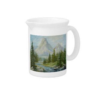 Jarra rugosa del paisaje de la montaña