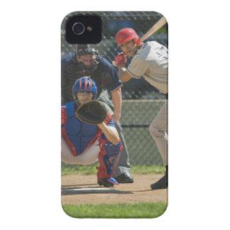 Jarra talud y árbitro del béisbol en listo iPhone 4 carcasa