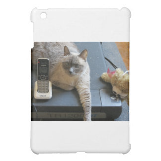 Jasmine the Siamese Cat takes care of business iPad Mini Case