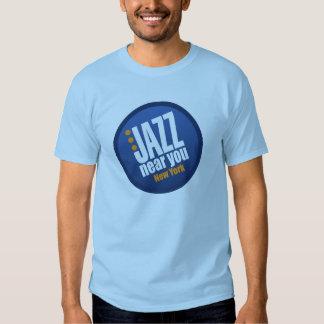 Jazz cerca de usted la camiseta de manga corta de poleras