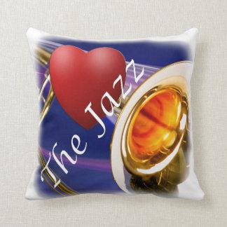 Jazz del amor del músico del Trombone a través de Cojín Decorativo
