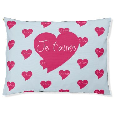 Valentines Themed Je t'aime Pink Heart Outdoor Dog Bed